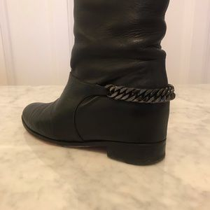Christian Louboutin Shoes - Christian Louboutin Cate boots - black leather